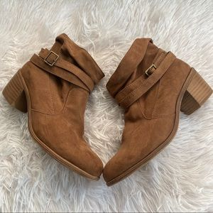 AE American Eagle Outfitters Ankle Booties Boots